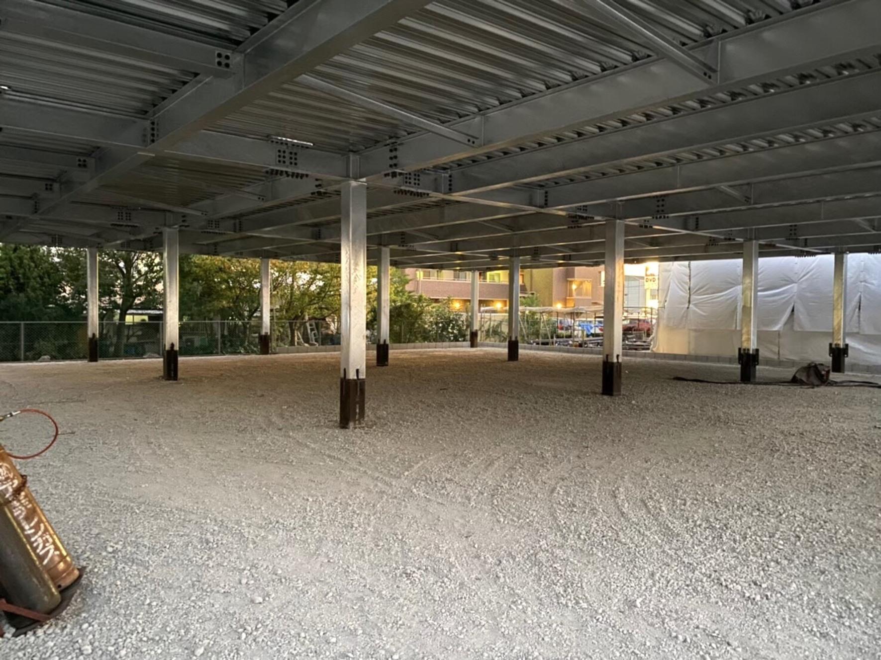 鉄骨造駐車場建築工事
