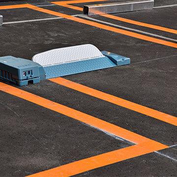 ロック板式駐車場