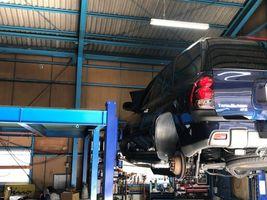 中古車販売 トレイルブレイザー 車検 点検 整備 登録 摂津
