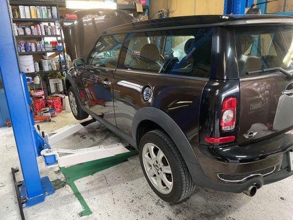 ミニクーパー 車検 点検 整備 修理 ヘッドライトリペア ホイールリペア 樹脂コーティング