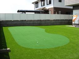 自宅で秘密の猛特訓!パターゴルフ練習場⛳