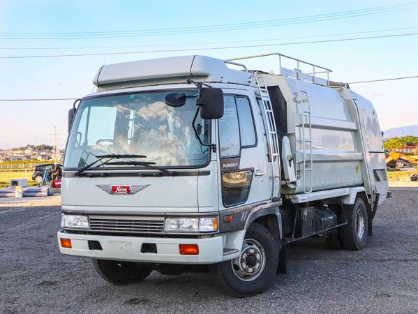 H6年☆4WD/プレス式パッカー車/塵芥車/4t/ベッド付