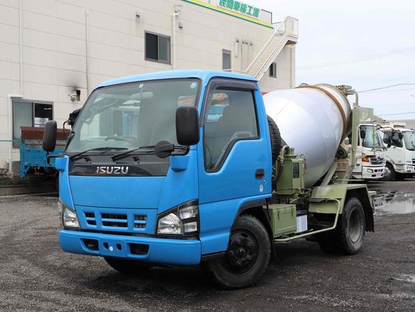 H17年☆カヤバ製 1.9立米 コンクリートミキサー車!