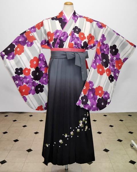 【着物】D-11   【袴】HD-60    袴フルセットレンタル ¥35,000(税別)